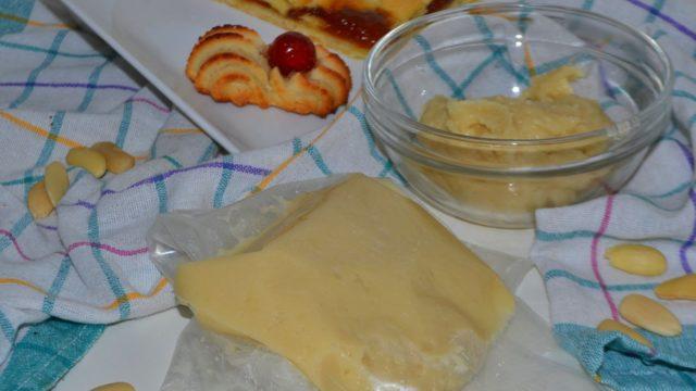 Dolci natalizi napoletani: pasta reale napoletana