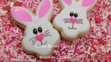 Come fare i coniglietti di Pasqua decorati con zucchero glassato